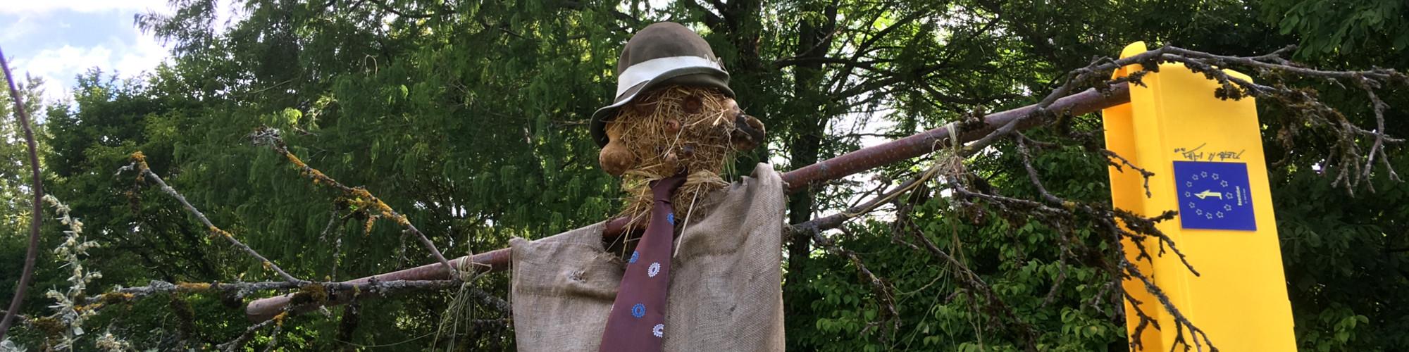 Beedabei-Vogelscheuche